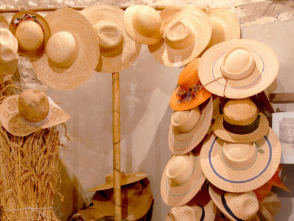 Marche. Land of hats