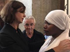 Laura Boldrini incontra la moglie del profugo ucciso a Fermo