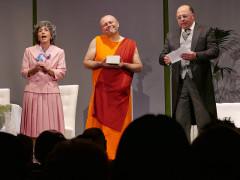 Uno spettacolo in scena al PalaFolli per la rassegna Ascolinscena