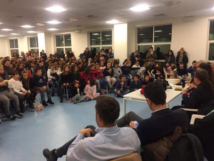 """Scuola primaria di Sant'Elpidio a Mare vince il premio """"Giallocarta 2017"""""""