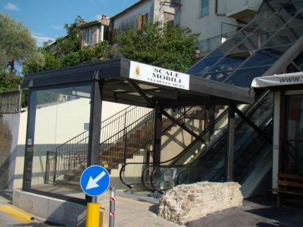 Scala mobile di via delle Mura a Fermo