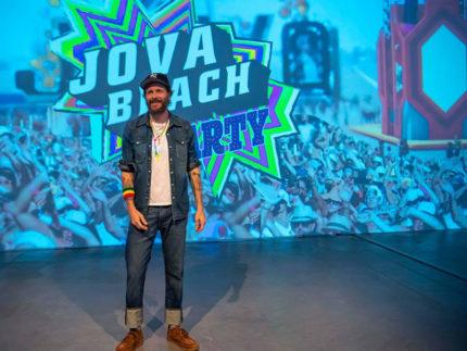 Jovanotti presenta il Jova Beach Party - foto Francesco Prandoni dalla pagina FB del Comune di Fermo