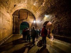 Visitatori alla Cisterne Romane di Fermo