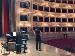 Al Teatro dell'Aquila di Fermo il Concorso Violinistico Postacchini
