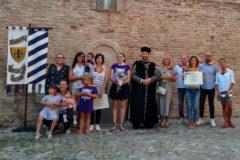 Contrada Fiorenza: la dama 2019 Silvia Marini con i 14 nuovi battezzati