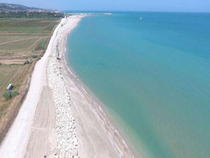 Scogliere emerse sul litorale di Fermo