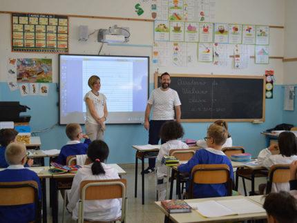 Primo giorno di scuola a Sant'Elpidio a Mare. Il sindaco saluta le nuove classi