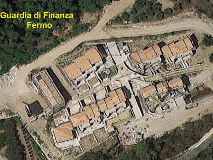 Complesso residenziale sequestrato dalla Guardia di Finanza di Fermo