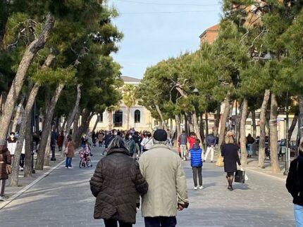 Viale a Porto San Giorgio
