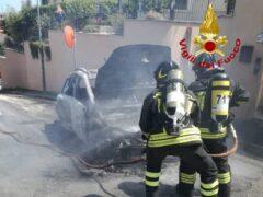 Automobile in fiamme a Porto San Giorgio